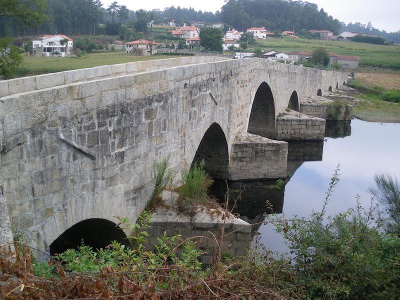 Oporto-Tui