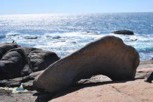 Pedra-de-avalar-santuario-de-la-virxe-da-barca