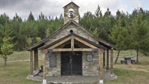 ermita-de-santiago-cruz-de-ferro