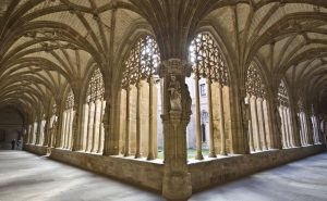 claustro-monasterio-de-santa-maria-la-real